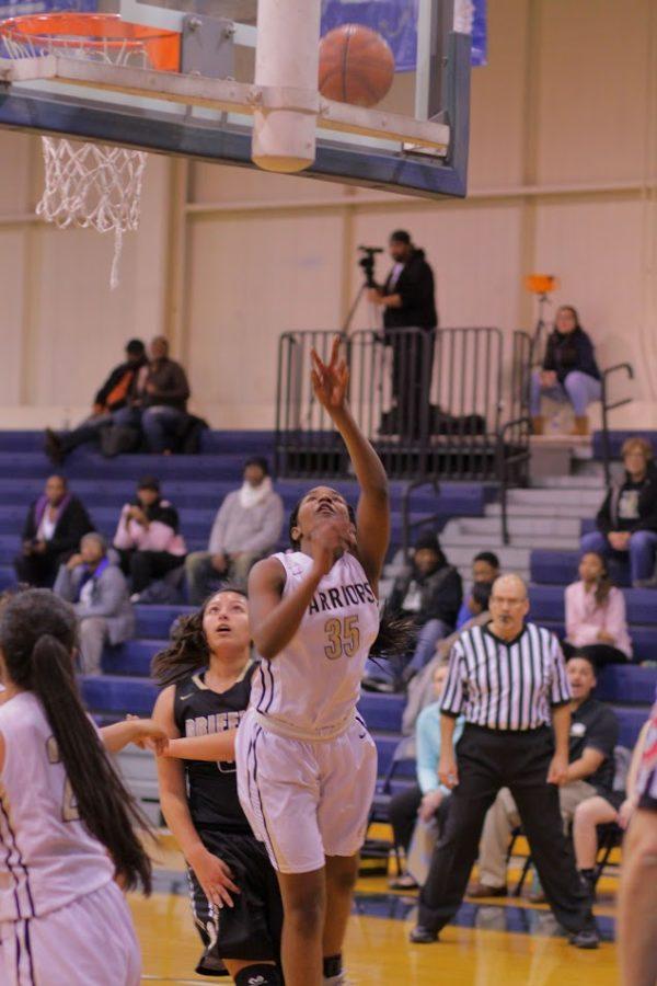 Bishop+Noll+Girls+basketball