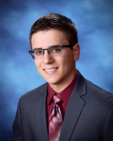 Valedictorian Giovanni Komyatte conquers obstacles without looking back